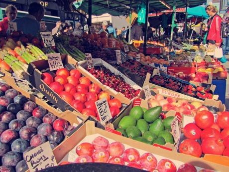 public market fruits