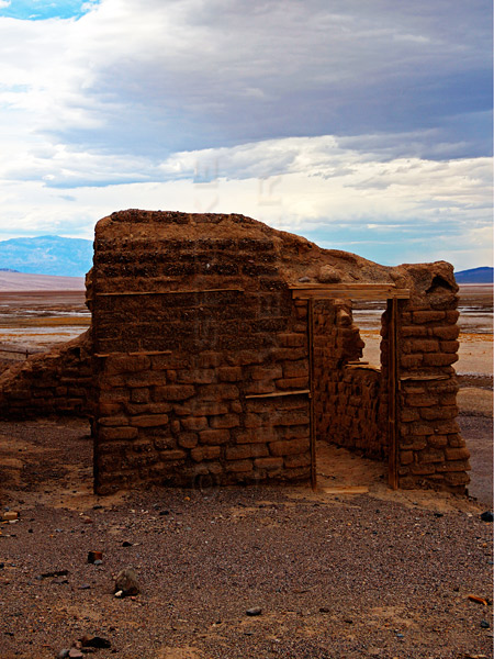 Death Valley ruins