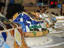 Barcelona_Gaudi_bench