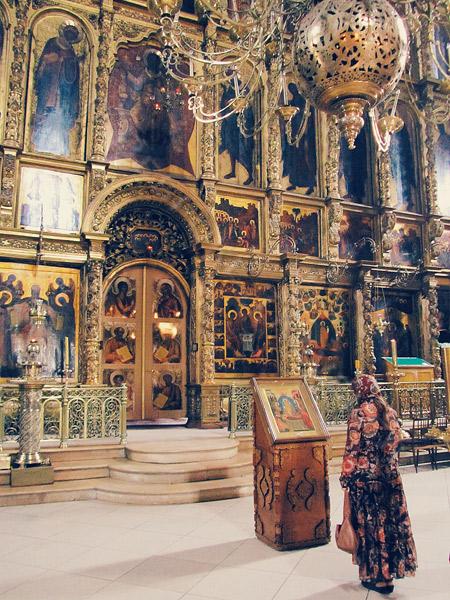 Sergeyev-posad-worship