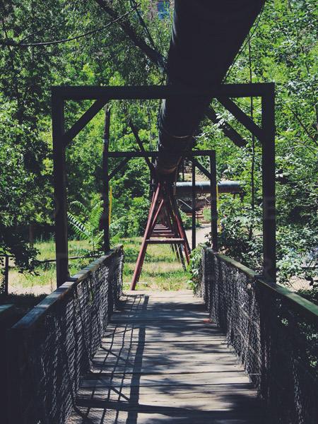 Boulder-bridge