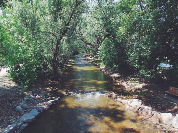 Boulder-trail