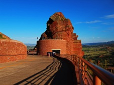 Red-Rocks-ramparts