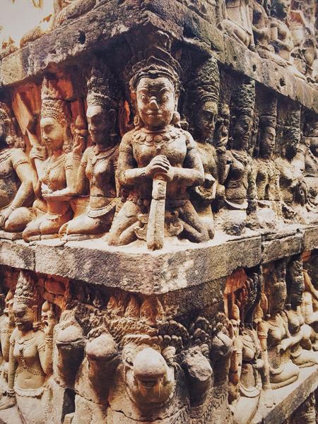 Siem-Reap-carvings