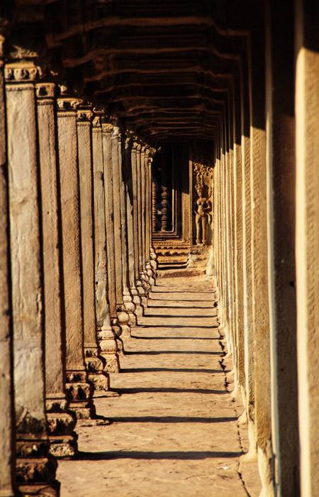 Siem-Reap-columns-BT
