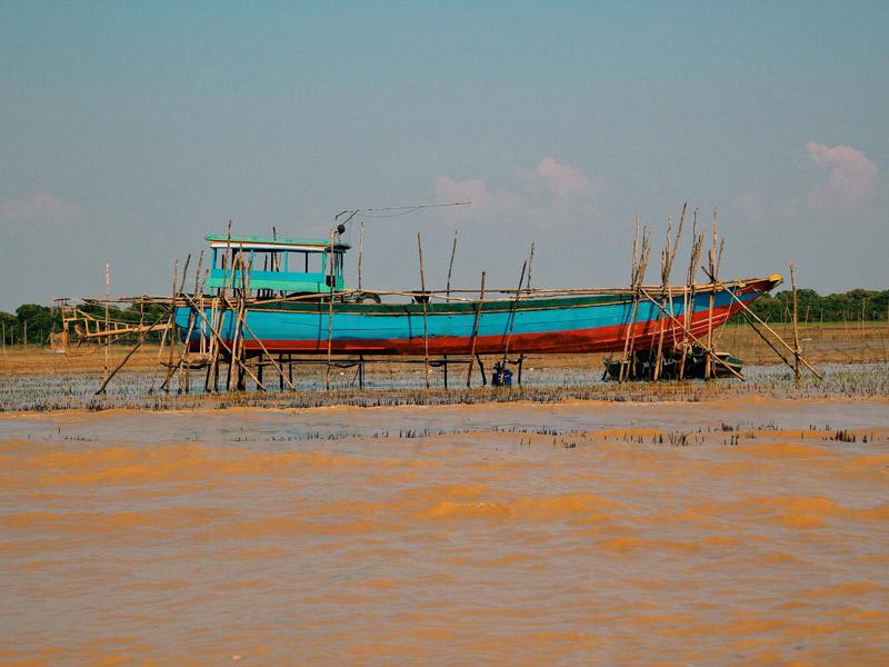 Tonle-Sap-boat